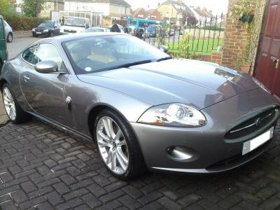 Stunning Jaguar XK-R after a mini-detail and wax