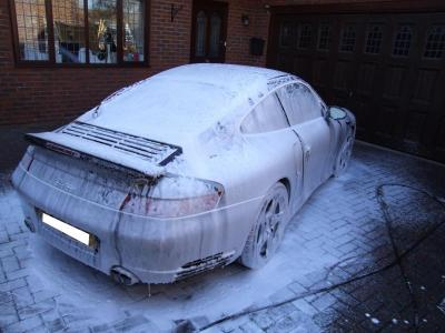 Porsche snow foamed